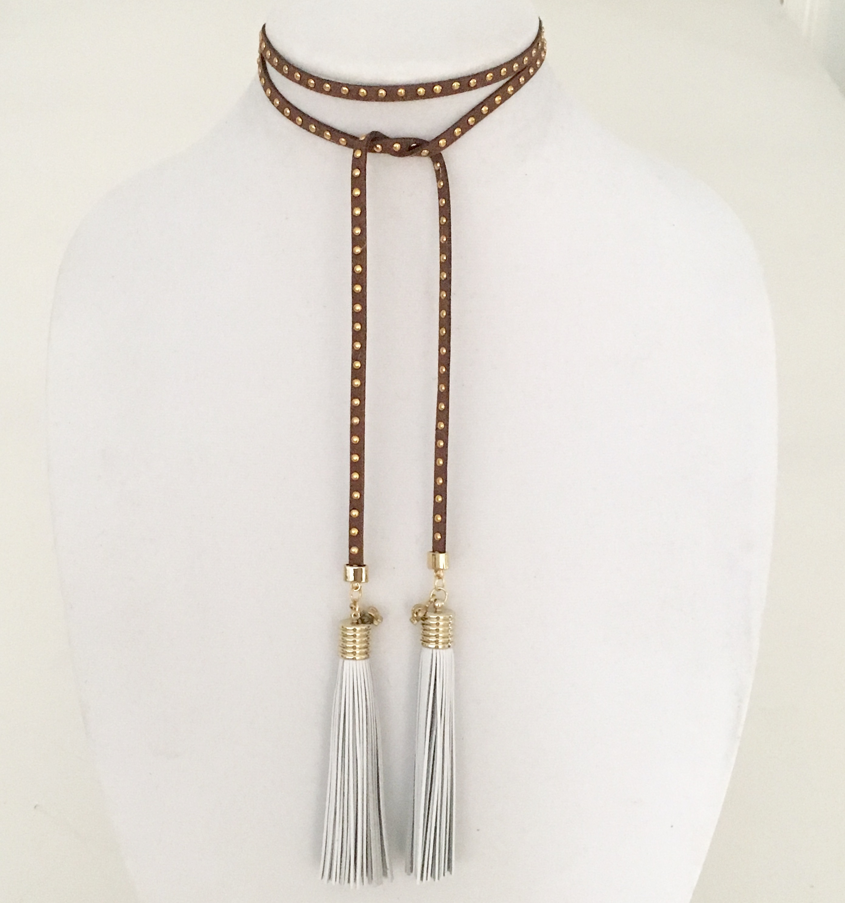 SUEDE WRAP CHOKER IN BROWN WITH GOLD STUDS –...