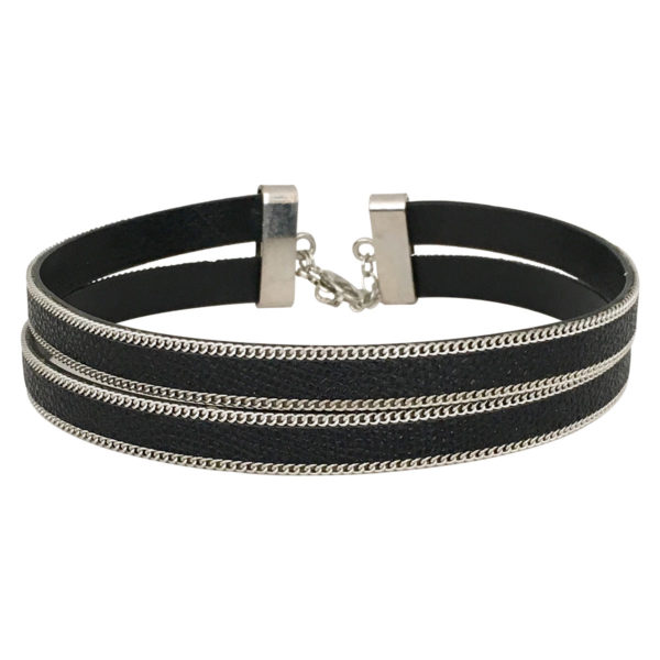 Double Layer Choker With Chain Border in black