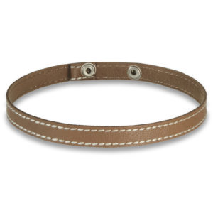 Cultured mini choker in camel beige